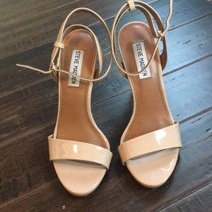 Steve Madden 7 Tan Sandal Heel